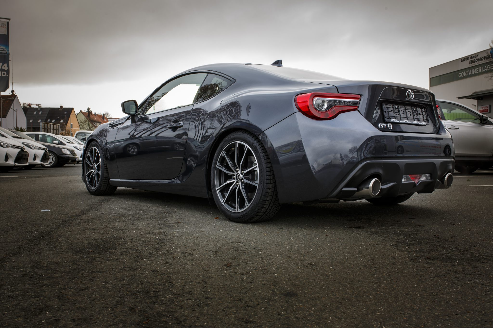 GT86 Facelift gets down